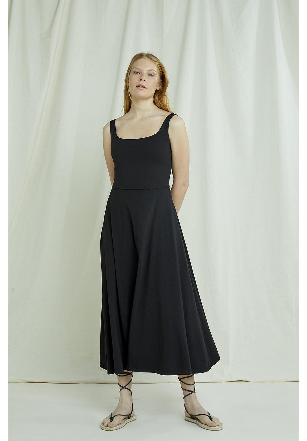 Tyra Dress In Black 12