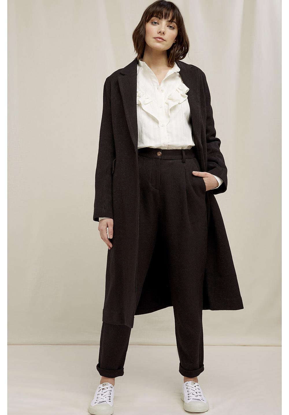 Lynne Coat