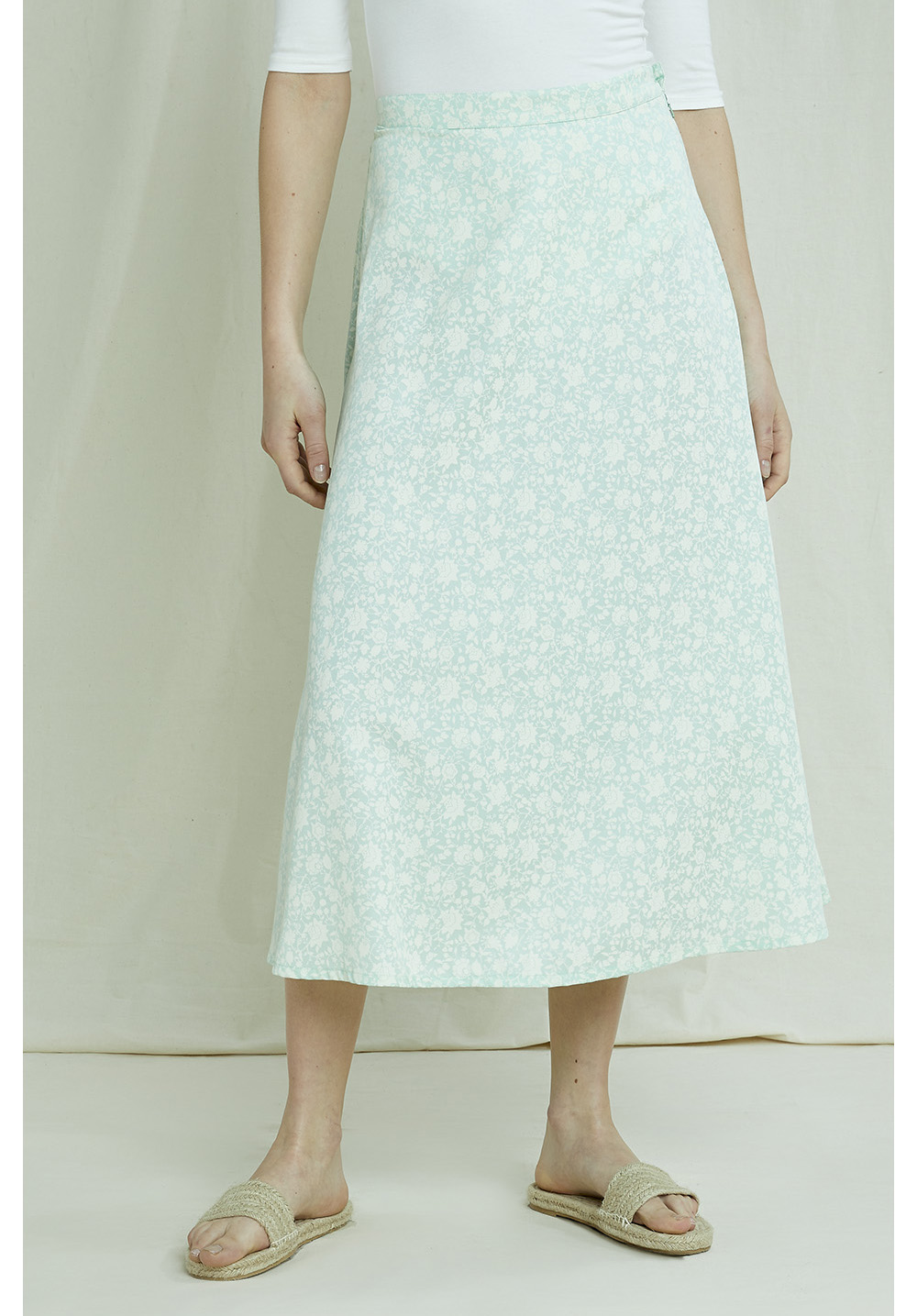 Alison Silhouette Floral Skirt 12