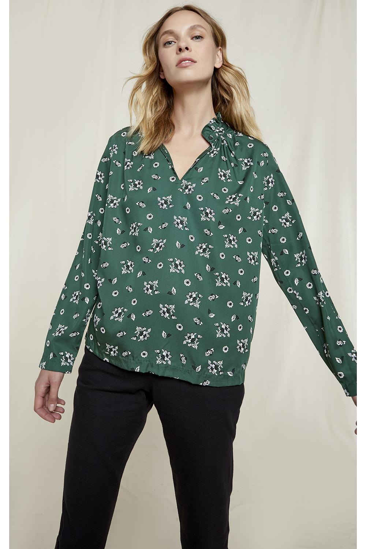 Jocelyn Floral Top in Dark Green 8