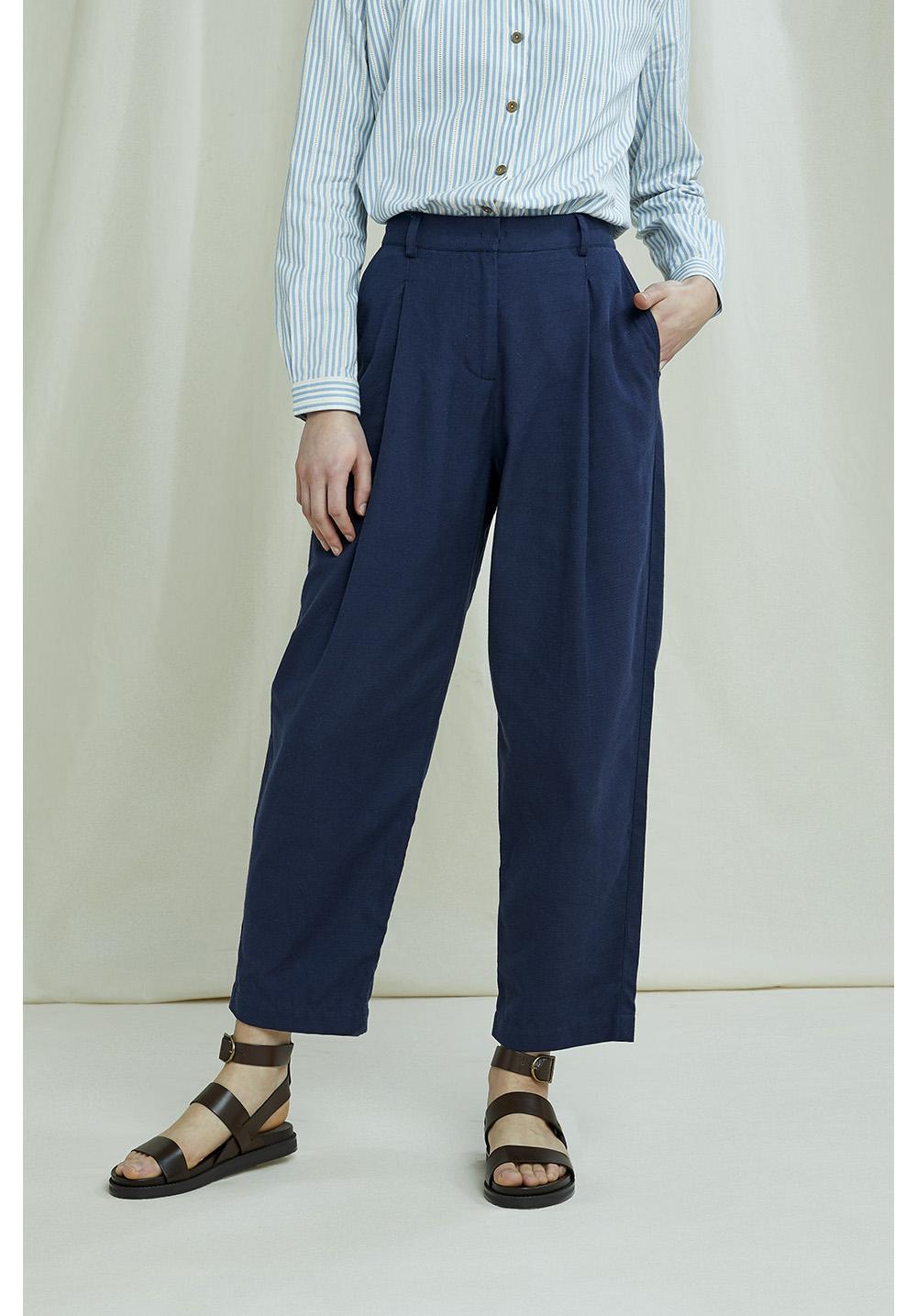Helka Trousers In Navy 12