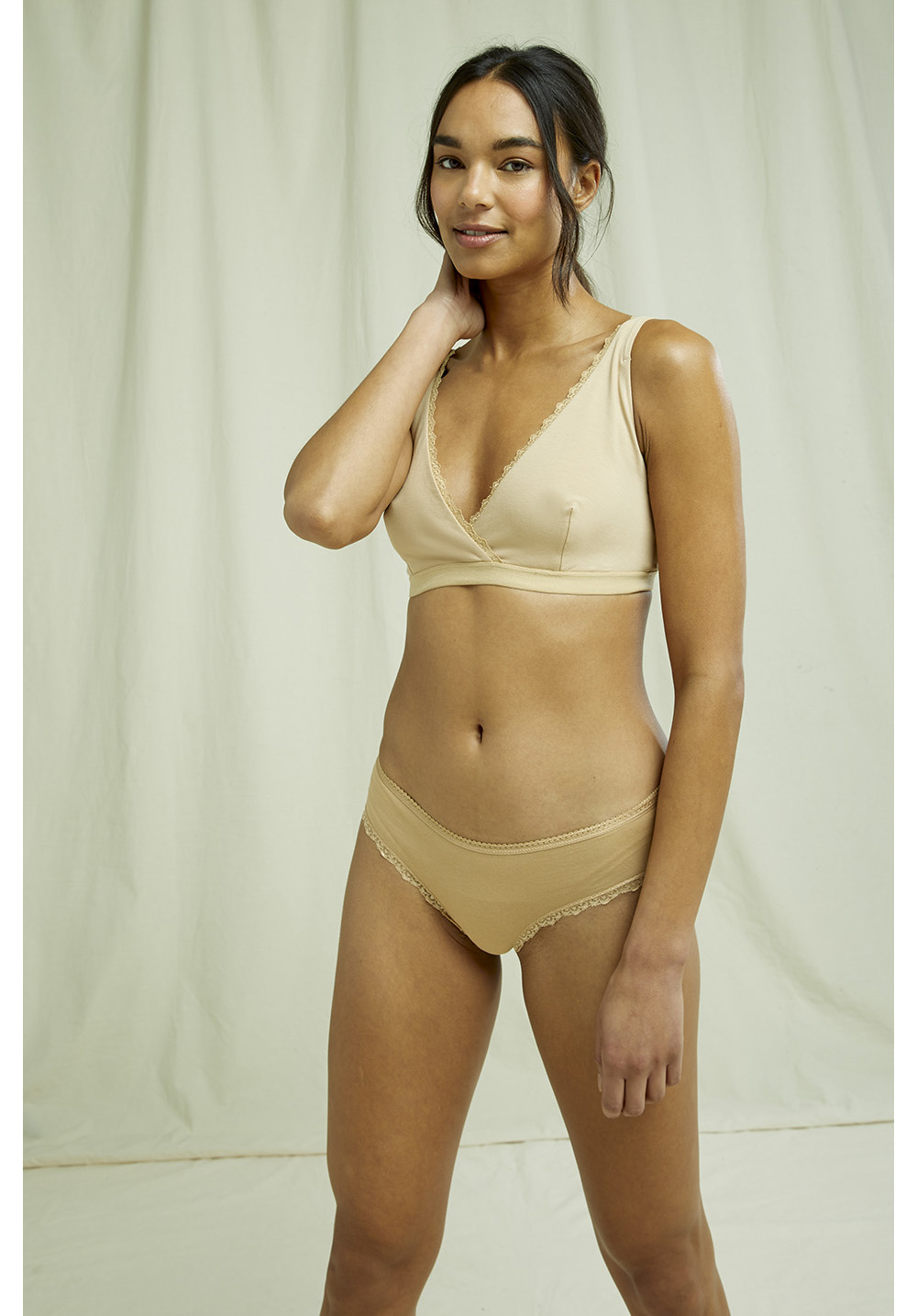 Lace Hipster in Almond 14