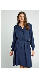 /women/madeline-shirt-dress-in-navy-