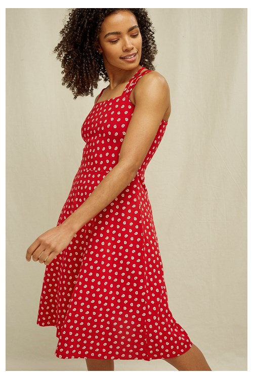 Riley Paisley Dress In Red