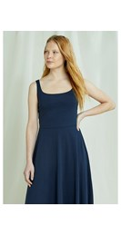 /women/tyra-dress-in-navy