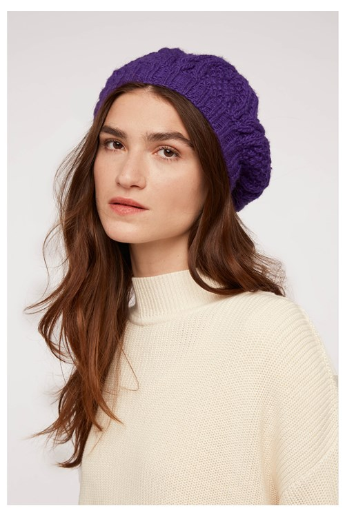 Cable Knit Beret In Purple