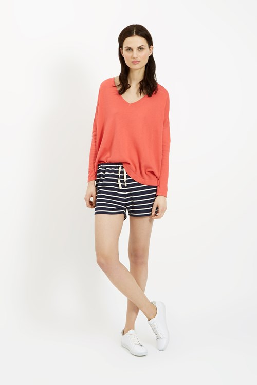 Kelly V-Neck Jumper in Coral