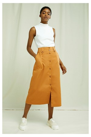 Daphne Skirt In Almond