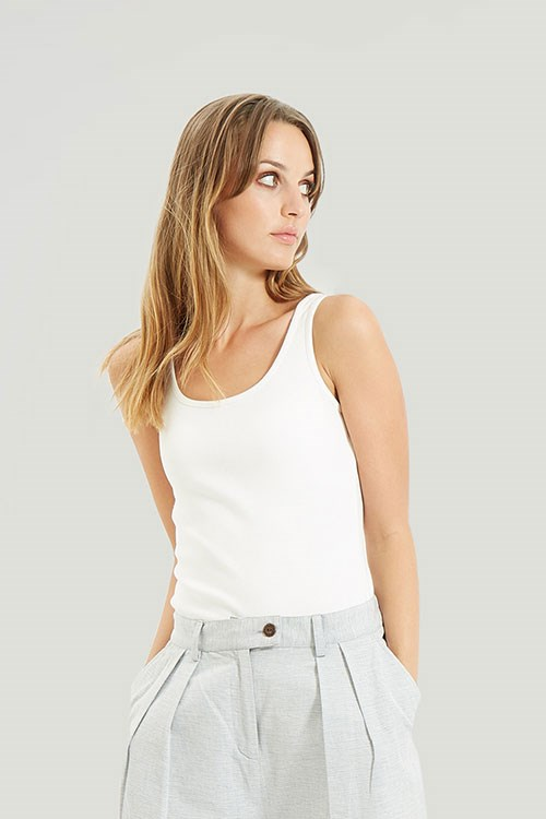 Alexis Vest in Eco White from People Tree