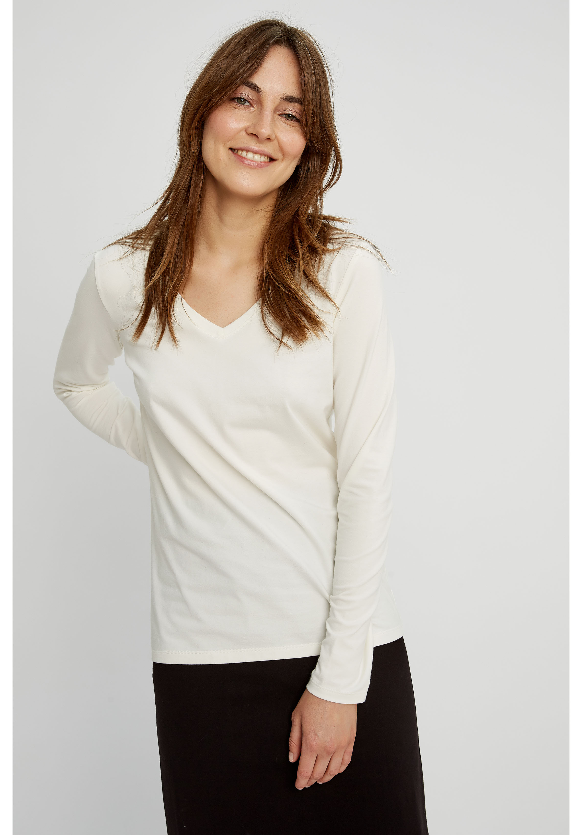 Amelie V-Neck Top White People Tree Sustainable Organic