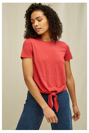 Cassie Top In Red