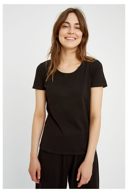 Gaia Tee in Black from People Tree