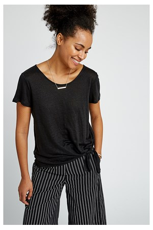 Kirstie Linen Top in Black