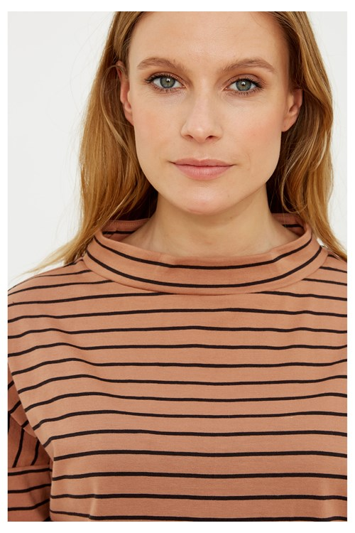 Leah Stripe Top in Coffee from People Tree