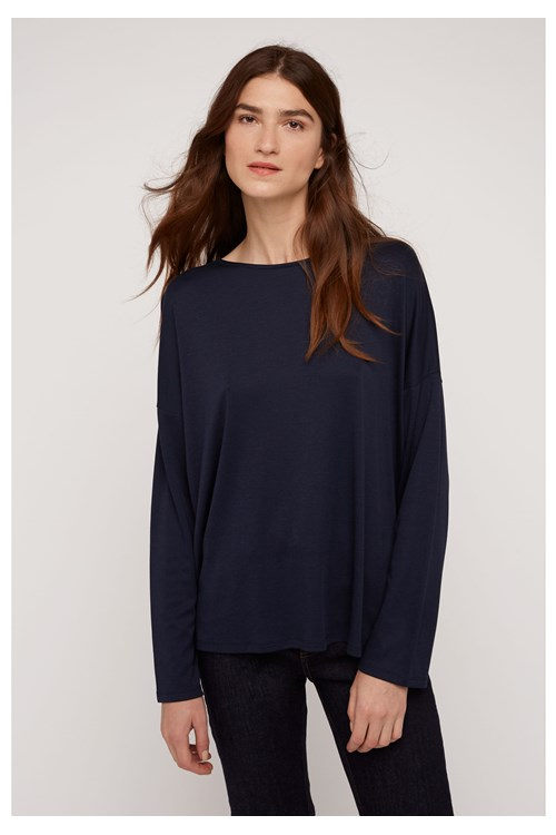 Leigton Top in Navy