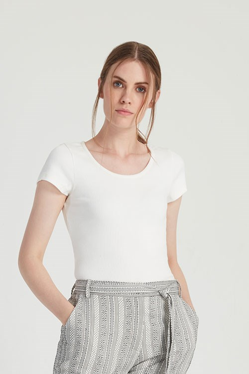 Mabel Tee in Eco White from People Tree