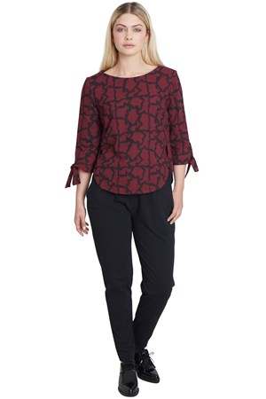 Simone Blouse in Burgundy