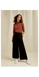 /women/rochelle-wide-leg-trousers-in-black