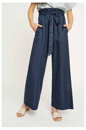 Susie Trousers in Navy