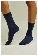 /women/organic-cotton-socks-in-navy